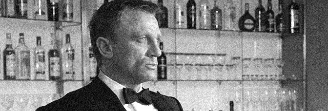 Daniel Craig stars in CASINO ROYALE, directed by Martin Campbell for Columbia Pictures.