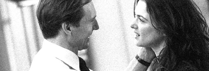 Ralph Fiennes and Rachel Weisz star in THE CONSTANT GARDENER, directed by Fernando Meirelles for Focus Features.