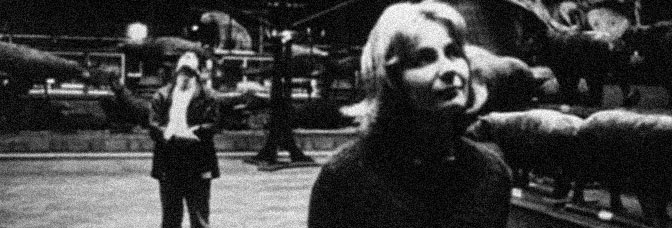 Davos Hanich and Hélène Chatelain star in LA JETÉE, directed by Chris Marker.