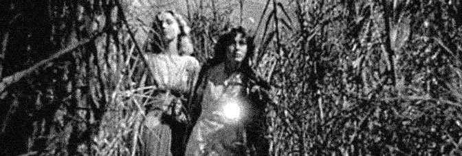 Christine Gordon and Frances Dee star in I WALKED WITH A ZOMBIE, directed by Jacques Tourneur for RKO Radio Pictures.