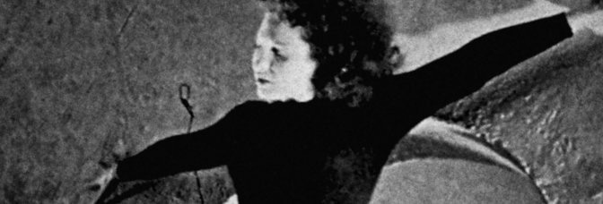 Meshes of the Afternoon (1943, Maya Deren and Alexander Hammid)